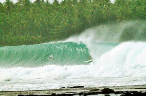 nias-island-indonesias-surf-camp (2)