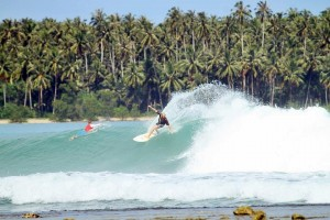 nias-island-indonesias-surf-camp (5)